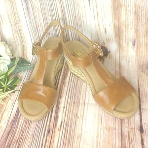 Gabor Brown Leather Wedges Like New